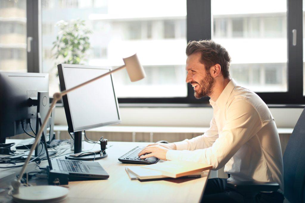 Tageslicht am Arbeitsplatz ist wichtig, Foto: (c)Pexels